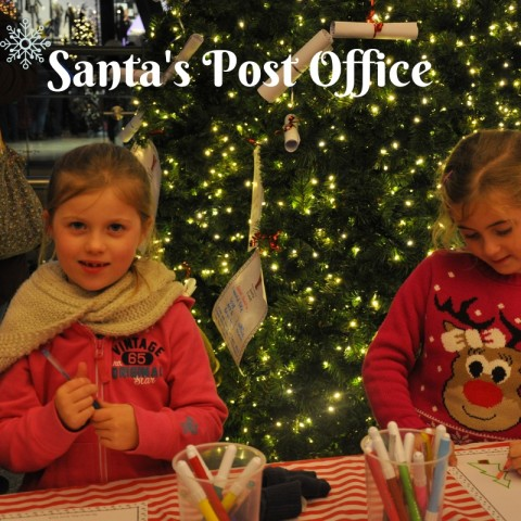 children writing letters to Santa